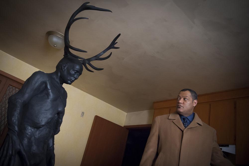 Escena de la serie Hannibal protagonizado por Mads Mikkelsen y Hugh Dancy.