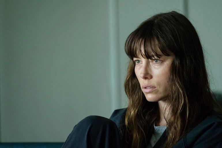 Escena de The Sinner creada por Derek Simonds y protagonizada por Jessica Biel, Christopher Abbott, Dohn Norwood