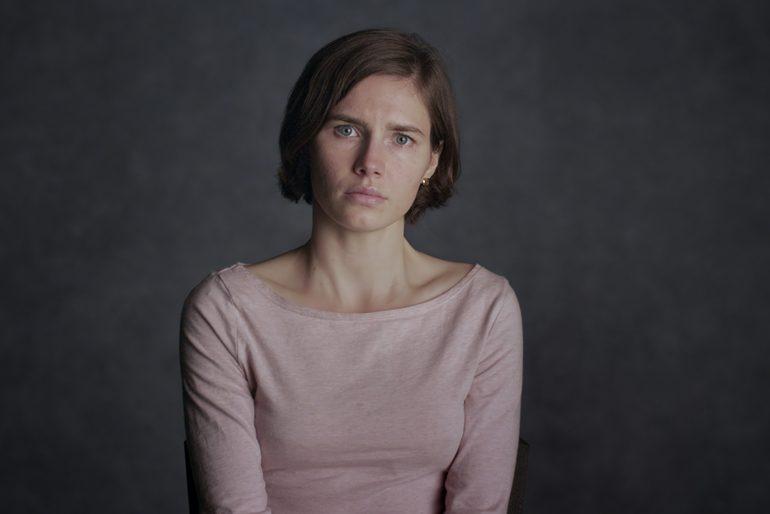 Amanda Knox protagonista del documental de Netflix del mismo nombre que habla sobre el asesinato del que se le culpó.