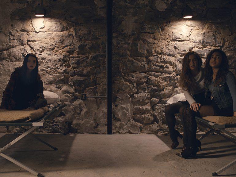 Split (Fragmentado) es la nueva película del director M. Night Shyamalan y protagonizada por James McAvoy, Anya Taylor-Joy, Haley Lu Richardson