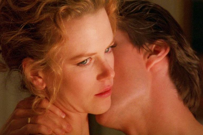 Escena de Eyes Wide Shut dirigida por Stanley Kubrick y protagonizada por Tom Cruise, Nicole Kidman, Todd Field